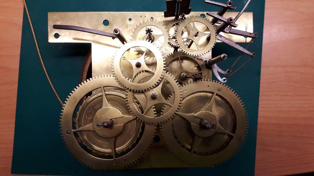 Amsterdams staand horloge restauratie 6