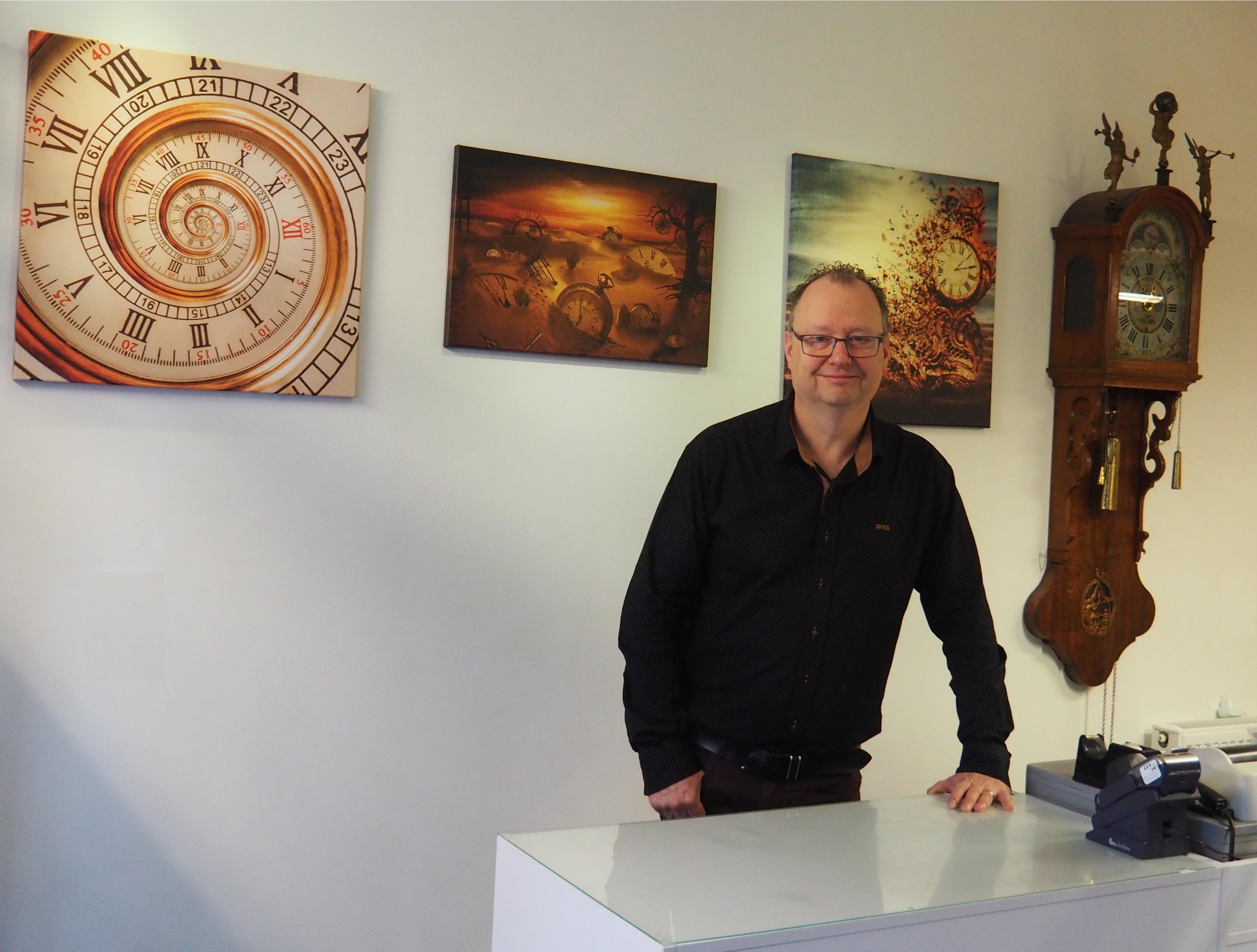 Clock maker Lars Dekker Netherlands